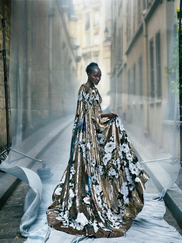 lupita-nyongo-vogue-cover-october-2015-04