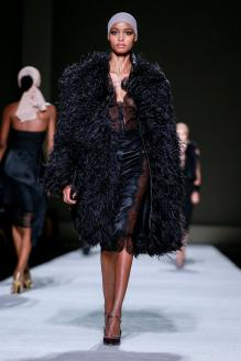 Tom-Ford-spring-2019-rtw-slide-1AL4-superJumbo