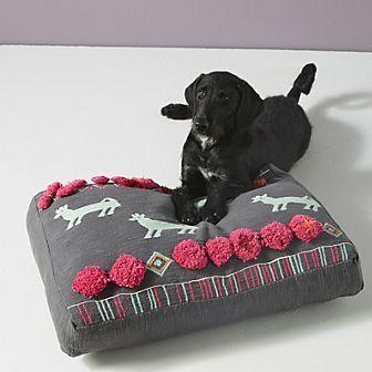 Plush-Applique-Dog-Bed.jpeg